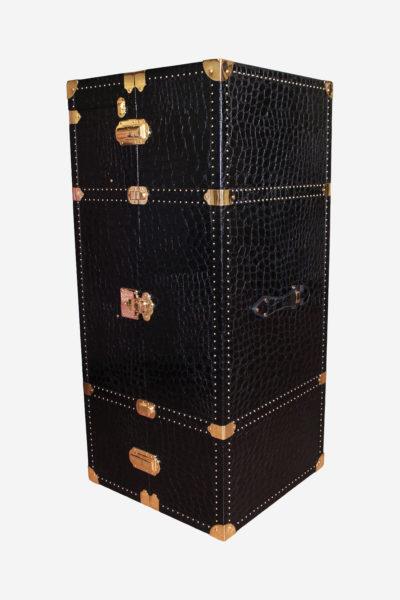 PA045 - Wheely clothes case